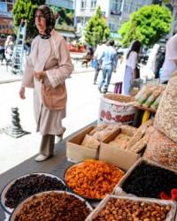 Çarşı, pazarda ramazan hareketliği