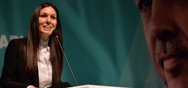 AK Parti Genel Başkan Yardımcısı Karaaslan, partisinin Karabük Kadın ve Gençlik Kolları kongrelerine katıldı: