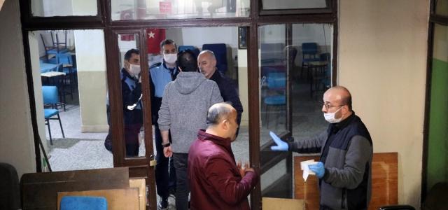 Amasya'da genelgeye uymayan kahvehaneye ceza kesildi
