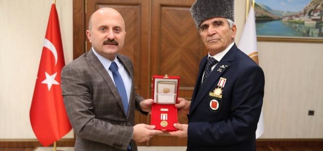 Amasya'da Kıbrıs gazilerine madalya ve berat takdim edildi