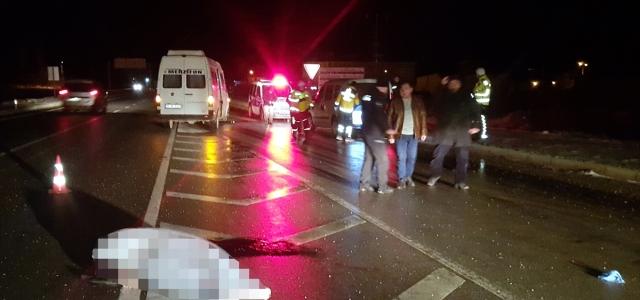 Amasya'da minibüsün çarptığı 2 kişi hayatını kaybetti