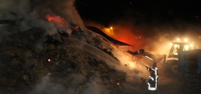 Amasya'da yangın sonucu 1 hayvan telef oldu, 120 ton saman yandı