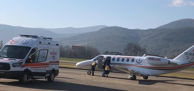 Ambulans uçak down sendromlu bebek için havalandı