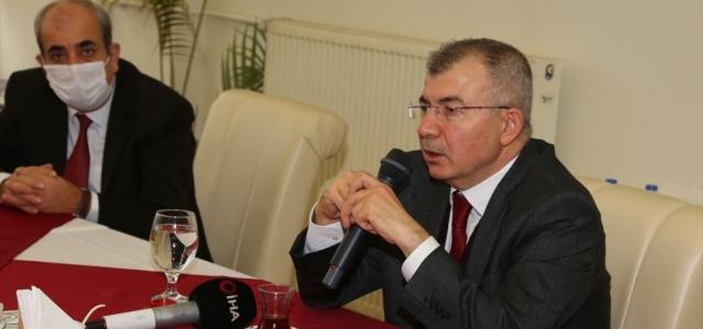 Artvin Valisi Doruk'tan Kovid-19 tedbirlerine uyulması çağrısı