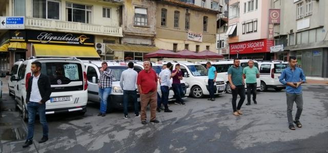 Bafra'da dolmuşçuların hat tepkisi
