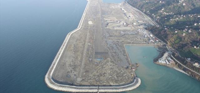 Bakan Karaismailoğlu, Rize-Artvin Havalimanının yıl sonunda açılacağını açıkladı: