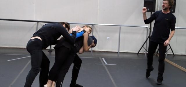 """Balet ve koreograf Tan Sağtürk: """"Sanat öyle bir şey ki savaşta bile devam ediyor"""""""