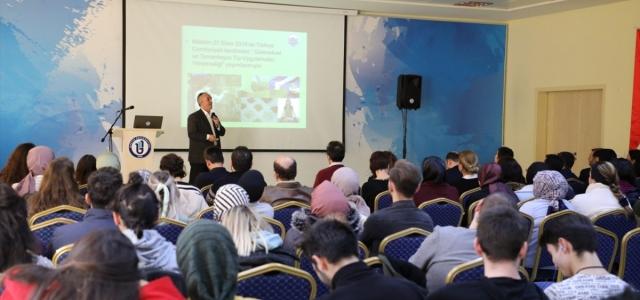 """Bartın Üniversitesi'nde """"Türkiye'de Geleneksel ve Tamamlayıcı Tıp"""" konferansı düzenlendi"""
