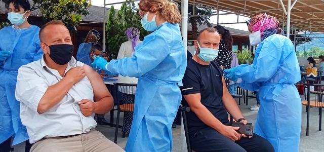 Bartın'da OSB çalışanları aşılama faaliyetlerine yoğun ilgi gösteriyor