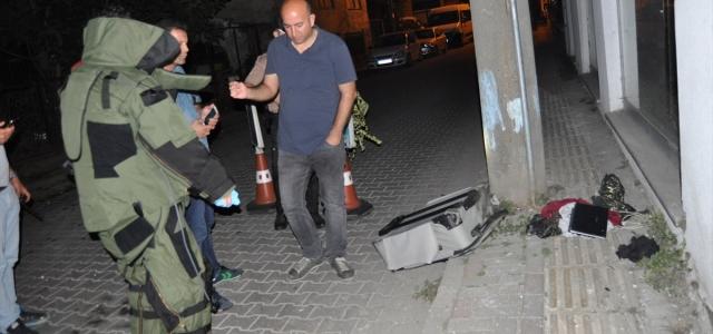 Bartın'da şüpheli valiz fünyeyle patlatıldı