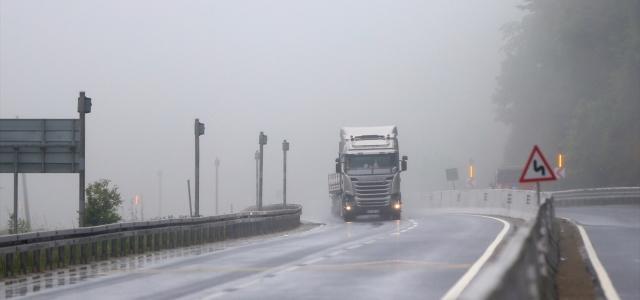Bolu Dağı'nda sağanak ve yoğun sis