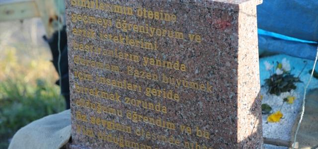 Ceren Özdemir'in mezar taşına sosyal medya hesabındaki paylaşımı yazıldı