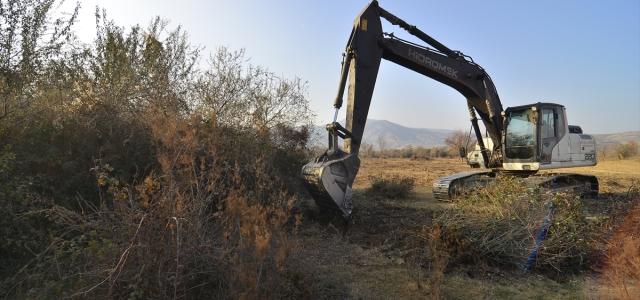 Çorum'da çalılıklardan arındırılan meradan yılda 230 ton ot elde edilecek