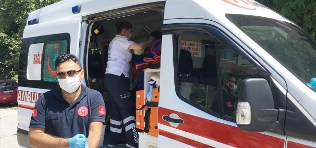 Düzce'de balkondan düşen 1,5 yaşındaki çocuk yaralandı