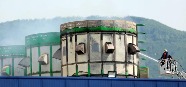 Düzce'de fabrika yangını söndürüldü