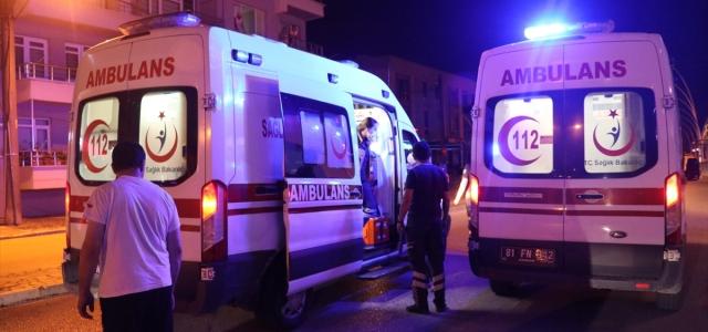 Düzce'de hasta taşıyan ambulans kaza yaptı