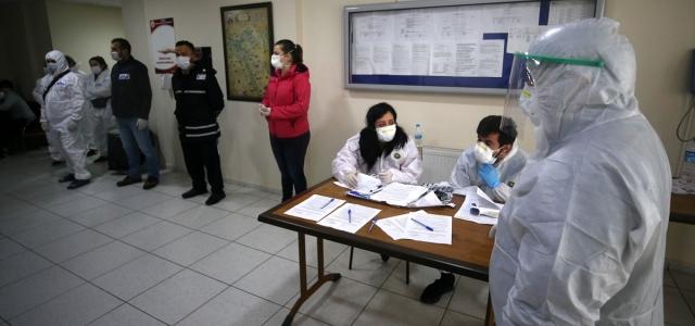 Düzce'de karantina süresi dolan 88 kişi evlerine uğurlandı