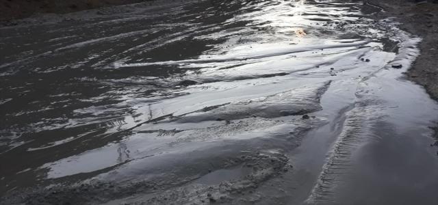 Gümüşhane'de bir maden firmasının atık suyu dereye karıştı