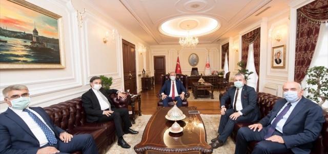 Karabük heyeti bakanlar Gül ve Pakdemirli'yi ziyaret etti