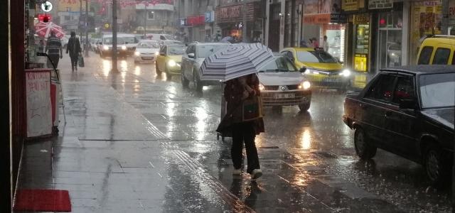 Karabük, Zonguldak ve Düzce'de sağanak etkili oldu