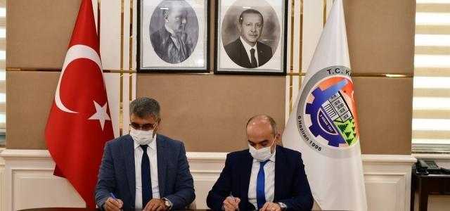 """Karabük'te """"Kamuya Yararlı Bir İşte Çalıştırma İşbirliği Protokolü"""" imzalandı"""