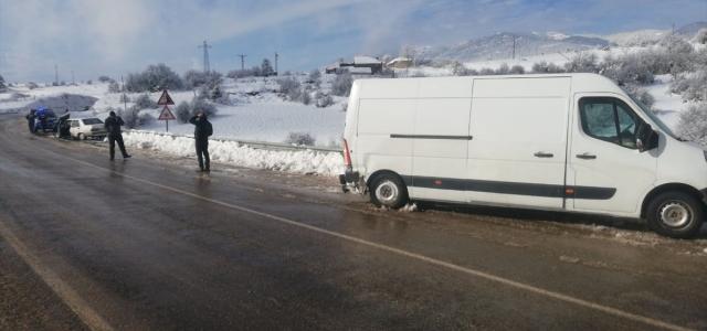 Karabük'te trafik kazaları: 12 yaralı