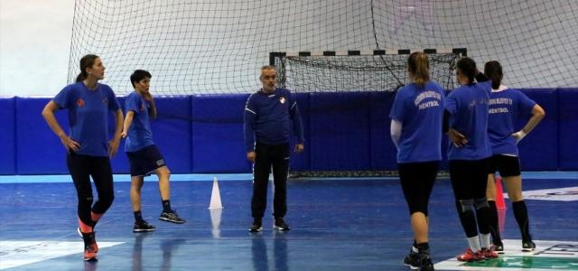 Kastamonu Belediyespor Kadın Hentbol Takımı Avrupa'da iddialı