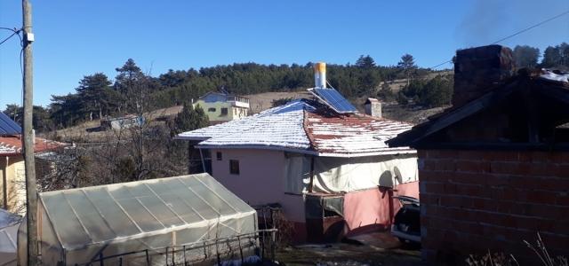Kastamonu'da üç evin soyulduğu köydeki köpek tabancayla öldürüldü