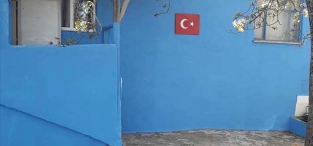 Kavak'ta şehit annesinin evi boya yaptırıldı