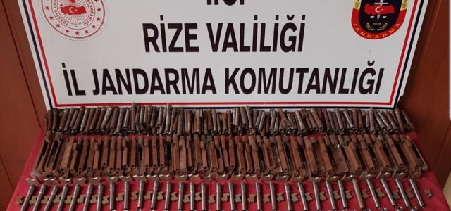 Rize'de kaçak silah atölyesine yönelik operasyonda 3 kişi gözaltına alındı
