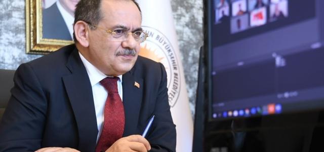 Samsun Büyükşehir Belediye Başkan Demir gençlerle canlı yayında bir araya geldi
