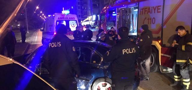 Samsun'da iki otomobilin çarpışması sonucu 5 kişi yaralandı