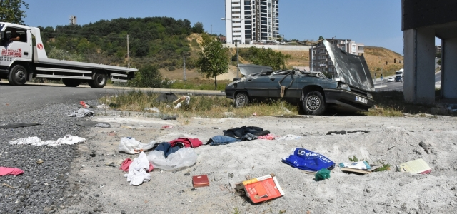 Samsun'da inşaatın bahçesine devrilen otomobilin sürücüsü yaralandı