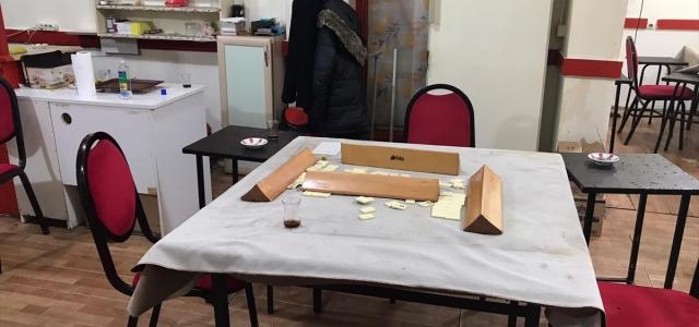 Samsun'da kahvehanede Kovid-19 tedbirlerini ihlal eden 17 kişi hakkında işlem yapıldı