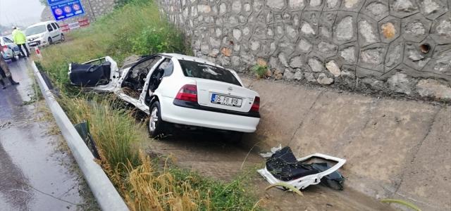 Samsun'da otomobil devrildi: 1 ölü