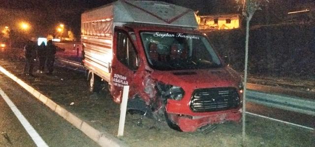 Samsun'da traktör ile kamyonet çarpıştı: 2 yaralı