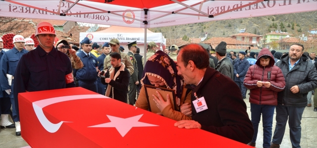 Şehit Ayhan Çam, Çorum'da son yolculuğuna uğurlandı