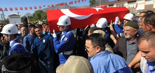 Şehit Kadir Seçgin son yolculuğuna uğurlandı