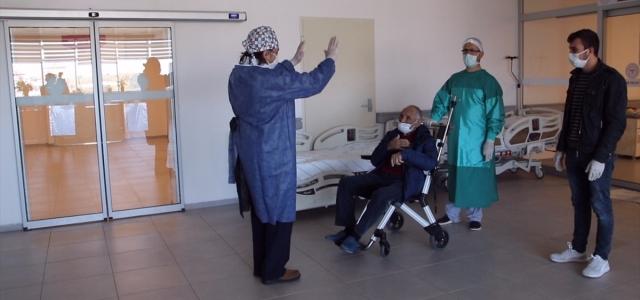 Sinop'ta 88 yaşındaki hasta koronavirüsü yenmeyi başardı