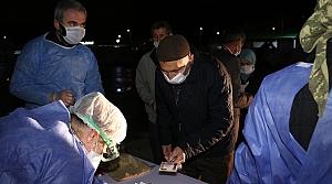 Ankara ve Isparta'da, umre dönüşü karantina süreci tamamlanan 29 kişi evlerine gönderildi