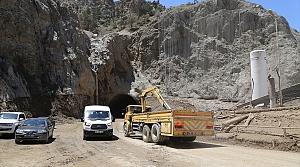 Artvin-Erzurum kara yolu kontrollü olarak ulaşıma açıldı