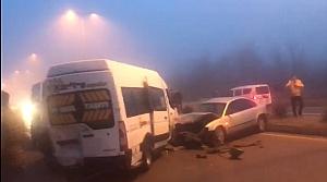 Bartın'da buzlanan yolda zincirleme trafik kazası: 12 yaralı