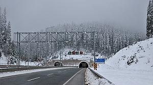 """""""Başı dumanlı Ilgaz""""a yapılan tünelden 1 milyon 151 bin araç geçti"""