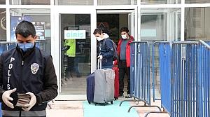 Bolu'da karantina süresi dolan 30 kişi evlerine gönderiliyor