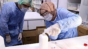 Bolu'da sağlıkçıların el dezenfektanı hastane eczanesinde hazırlanıyor