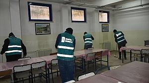 Boyabat'ta okulların bakımı hükümlülerden