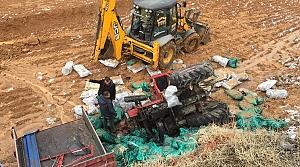Çorum'da kömür yüklü traktör şarampole devrildi: 1 yaralı