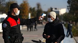 Düzce'de Kovid-19 tedbirleri meydan ve işlek caddelerde sıkılaştırıldı