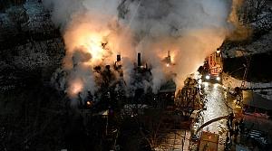 Gümüşhane'de çıkan yangında bir ev kullanılamaz hale geldi