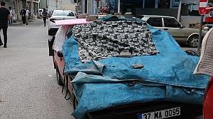 Her dolu uyarısında araçlarının üzerini kapatıyorlar